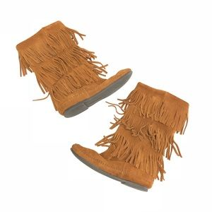 Minnetonka 3-Layer Fringe Moccasin Suede Boots